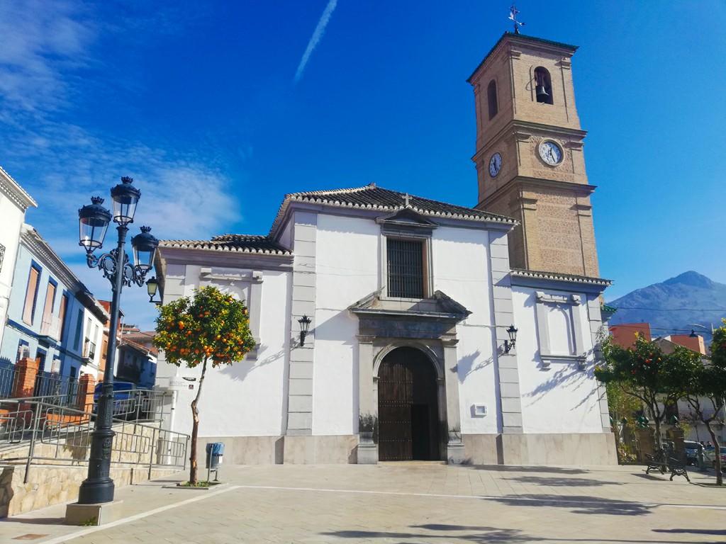 Iglesia de la Consolación de Pinos Puente