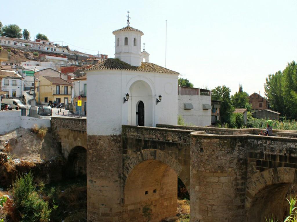 Puente de la Virgen de Pinos Puente